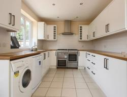 Terraced House To Let  OXFORD Oxfordshire OX3