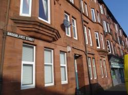 Flat To Let  Broomlands Street Renfrewshire PA1