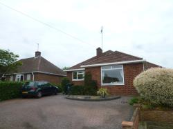 Detached Bungalow To Let  Emmer Green Oxfordshire RG4