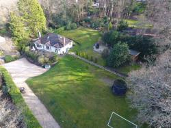 Detached Bungalow For Sale  RINGWOOD Hampshire BH24
