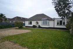 Detached Bungalow To Let  Ringwood Hampshire BH24