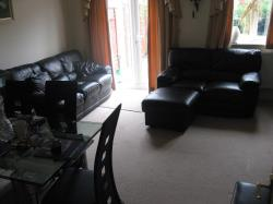 Terraced House To Let  Middlewood Drive East South Yorkshire S6