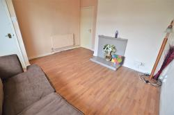 Terraced House To Let  Slough Berkshire SL1