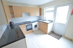 Detached House To Let  Slough Berkshire SL1