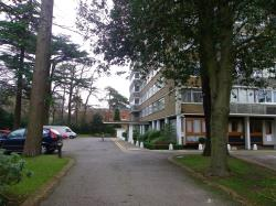 Flat To Let Bassett Avenue Southampton Hampshire SO16