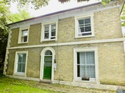 Flat To Let  Woolston Hampshire SO19