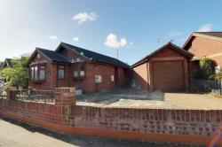Detached Bungalow To Let  Southend On Sea Essex SS2