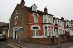 Flat To Let  Westcliff On Sea Essex SS0