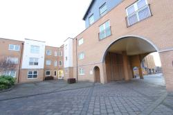 Flat To Let  Optical Court Essex SS2