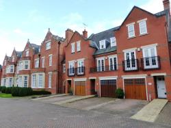 Terraced House To Let  ST ALBANS Hertfordshire AL2