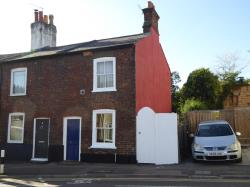 Terraced House For Sale  St Albans Hertfordshire AL1