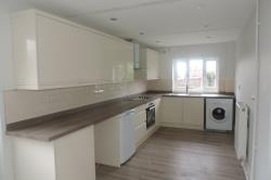 Flat To Let  Flat 1 The Rise Staffordshire ST17