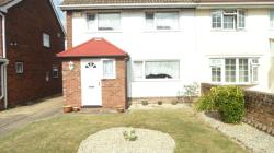 Semi Detached House To Let  Stanwell Berkshire TW19