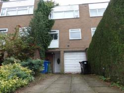 Detached House To Let  Heaton Mersey Greater Manchester SK4