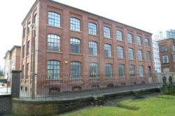 Flat To Let  Mac Court Greater Manchester SK1