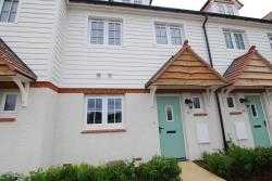 Terraced House To Let  Tonbridge Kent TN11