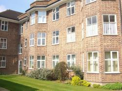 Flat To Let  Milton Lodge Middlesex TW1