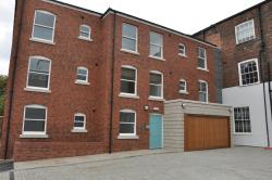 Flat To Let  St Johns House West Yorkshire WF1