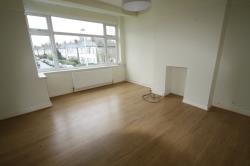 Flat To Let  London Essex IG8