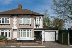 Semi Detached House To Let  London Essex IG6