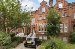 Flat For Sale  Wanstead Greater London E11