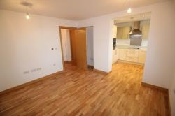 Flat To Let  Howardsgate Hertfordshire AL8