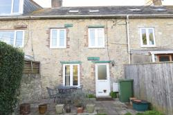 Terraced House To Let  WEYMOUTH Dorset DT3