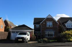 Detached House To Let  West Monkseaton Northumberland NE25