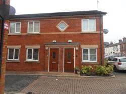 Flat To Let Farnworth Widnes Cheshire WA8