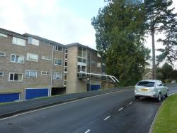Flat To Let  Warwick Court Hampshire SO23
