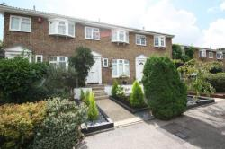 Terraced House To Let  WEST BYFLEET Surrey KT14