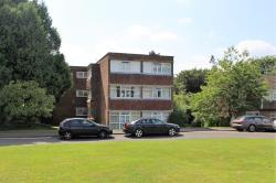 Flat For Sale  Highfield Close Berkshire RG40