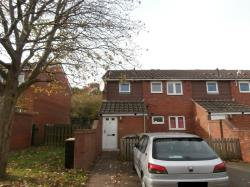 Flat To Let  Fullerton Close Staffordshire WV8