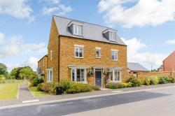 Detached House For Sale  Banbury Northamptonshire OX17