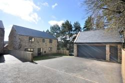 Detached House For Sale  Penistone South Yorkshire S36