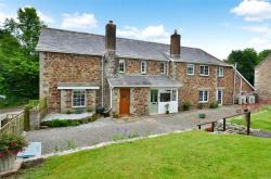 Detached House For Sale  Bodmin Cornwall PL30