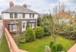 Detached House For Sale Nottinghamshire  Nottinghamshire DN22