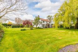 Detached House For Sale Tickhill Doncaster South Yorkshire DN11