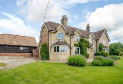 Detached House For Sale  Pertenhall Bedfordshire MK44