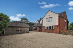 Detached House For Sale Ludgershall Aylesbury Buckinghamshire HP18
