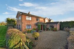 Detached House For Sale The Green Ludgershall Buckinghamshire HP18