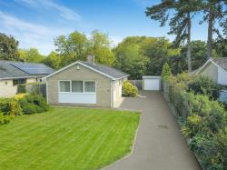 Detached Bungalow For Sale Cavendish Place Bicester Buckinghamshire OX27