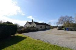 Detached Bungalow For Sale  Caerleon Oxfordshire OX25
