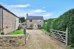 Detached House For Sale  Brackley Northamptonshire NN13