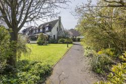 Detached House For Sale Yielden Bedford Bedfordshire MK44