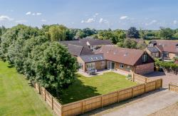 Detached House For Sale  Wyton Cambridgeshire PE28