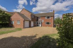 Detached House For Sale Cambridgeshire Huntingdon Cambridgeshire PE26