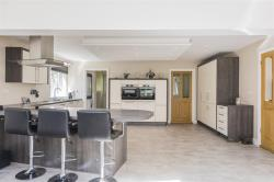 Detached House For Sale Cambridgeshire Wyton Cambridgeshire PE28
