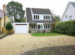 Detached House To Let Sherborne Drive Ferndown Dorset BH22
