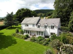 Detached House For Sale  Crickhowell Powys NP8